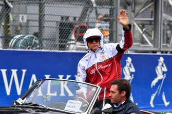 Kimi Raikkonen, Alfa Romeo Racing, on the drivers parade