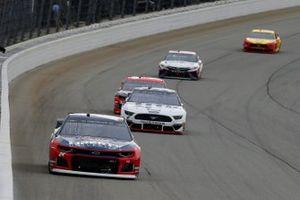 William Byron, Hendrick Motorsports, Chevrolet Camaro Liberty University, Brad Keselowski, Team Penske, Ford Mustang Miller Lite
