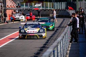 #998 ROWE Racing Porsche 911 GT3 R: Dennis Olsen, Dirk Werner, Matt Campbell, Nick Tandy, Frederick Makowiecki, Patrick Pilet