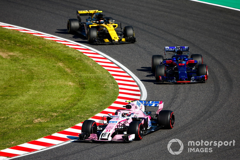 Эстебан Окон, Racing Point Force India F1 VJM11, Брендон Хартли, Scuderia Toro Rosso STR13, и Карлос Сайнс, Renault Sport F1 Team RS18