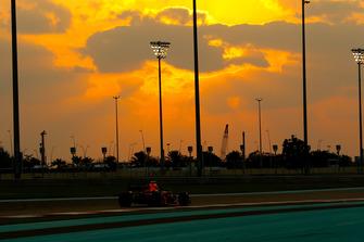 Max Verstappen, Red Bull Racing RB14 Jean Petin