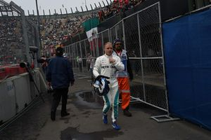 Valtteri Bottas, Mercedes AMG F1 after stopping on track during FP2