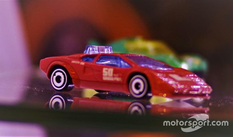 Diecast Safety Car Lamborghini Hot Wheels