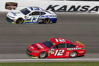 Ryan Blaney, Team Penske, Ford Fusion Menards/Wrangler Riggs Workwear e Ty Dillon, Germain Racing, Chevrolet Camaro GEICO