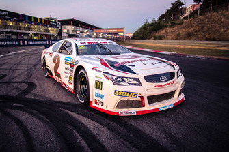 Nascar Euro car with General Tire