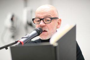 Dietmar Wunder reads