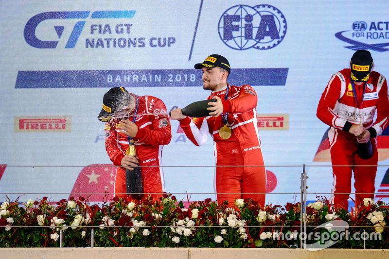 Podyum: #34 Team Turkey, Salih Yoluç, Ayhancan Güven, Mercedes AMG GT3