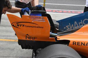 Fernando Alonso, McLaren MCL33 rear wing detail