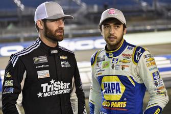 Corey LaJoie, TriStar Motorsports, Chevrolet Camaro Schluter Systems e Chase Elliott, Hendrick Motorsports, Chevrolet Camaro NAPA Auto Parts