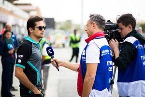 Nelson Piquet Jr., Panasonic Jaguar Racing parle aux médias