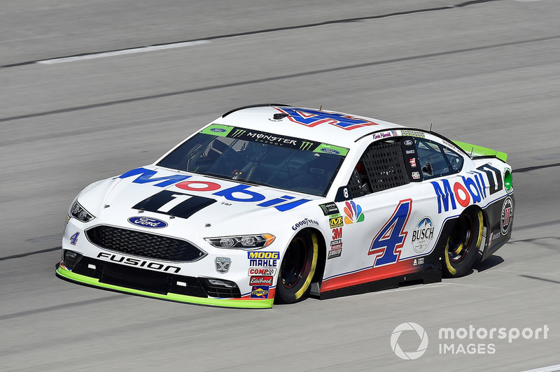 3. Kevin Harvick, Stewart-Haas Racing, Ford Fusion Mobil 1
