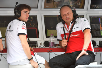 Charles Leclerc, Sauber and Frederic Vasseur, Sauber, Team Principal on the pit wall g antry during FP1