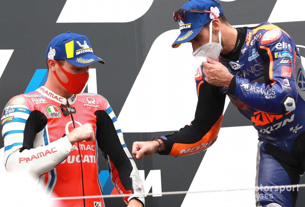 Podio: segundo lugar Jack Miller, Pramac Racing, ganador Miguel Oliveira, Red Bull KTM Tech 3