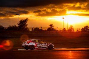 Tiago Monteiro, ALL-INKL.DE Münnich Motorsport Honda Civic TCR