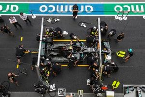 The Mercedes-AMG F1 practice a pitstop