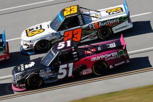 Chandler Smith, Kyle Busch Motorsports, Toyota Tundra iBUYPOWER, Brett Moffitt, GMS Racing, Chevrolet Silverado Fr8Auctions