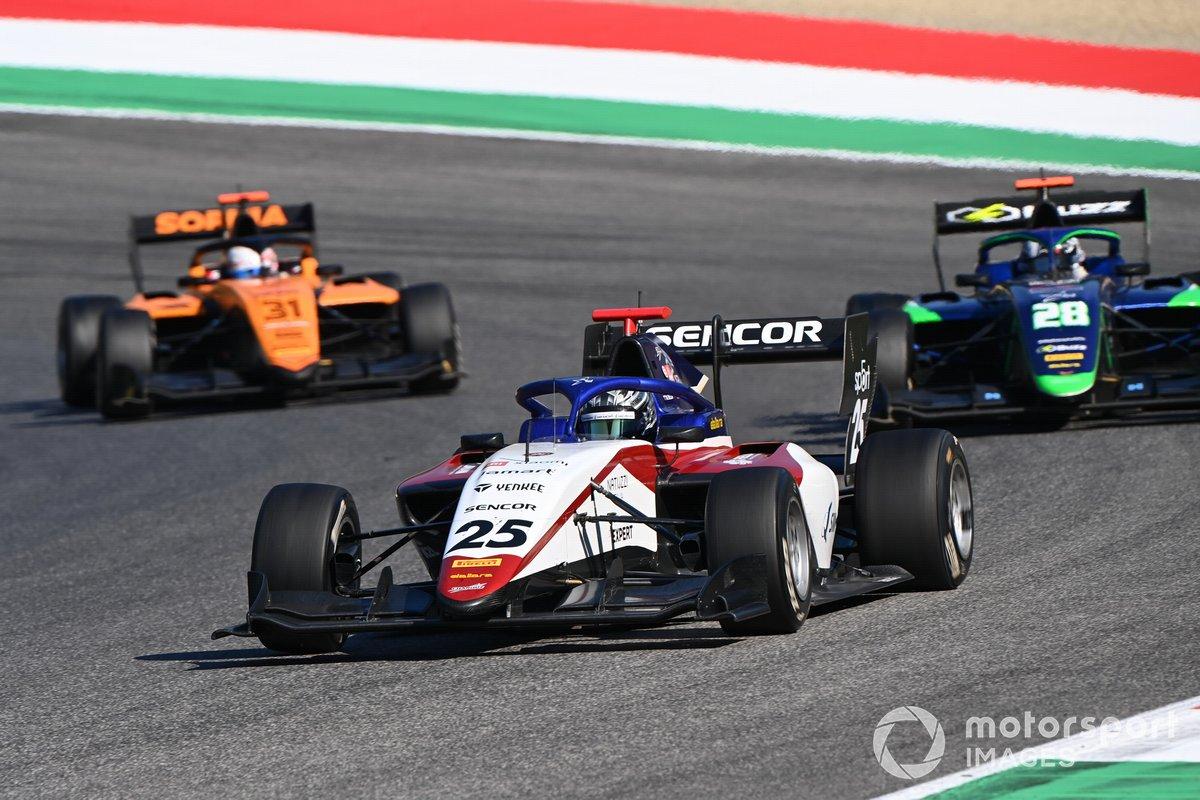 David Schumacher, Charouz Racing System precede Cameron Das, Carlin e Sophia Floersch, Campos Racing