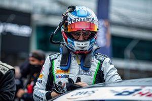 #7 K-PAX Racing Bentley Continental GT3: Jordan Pepper