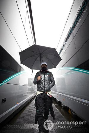 Valtteri Bottas, Mercedes-AMG F1 in the paddock