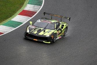 #581 Ferrari 488 Challenge, Cornes Osaka: Atsushi Iritani