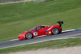 #117 Ferrari 488 Challenge, Scuderia Praha: Dusan Palcr