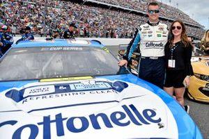 Ryan Preece, JTG Daugherty Racing, Chevrolet Camaro Cottonelle, with guest