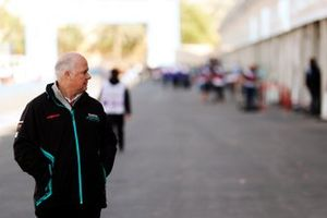 Гоночный директор Jaguar Racing Крейг Уилсон