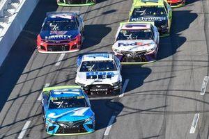 Martin Truex Jr., Joe Gibbs Racing, Toyota Camry Auto Owners Insurance, Clint Bowyer, Stewart-Haas Racing, Ford Mustang BlueDEF