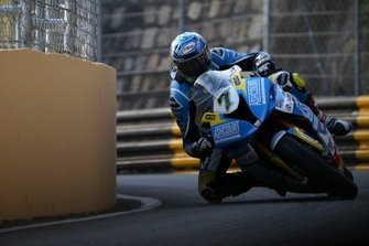 Gary Johnson, Ashcourt Racing BMW HP4 Carbon