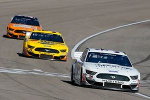 John Hunter Nemechek, Front Row Motorsports, Ford Mustang Berry's Bullets, Michael McDowell, Front Row Motorsports, Ford Mustang Love's Travel Stops, Corey LaJoie, Go FAS Racing, Ford Mustang Schlüter Systems