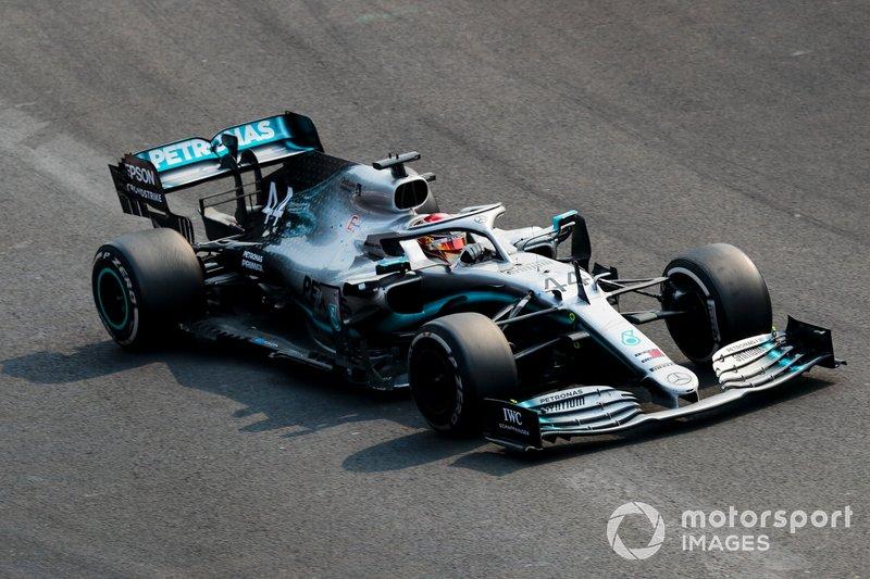 Lewis Hamilton – volta 28