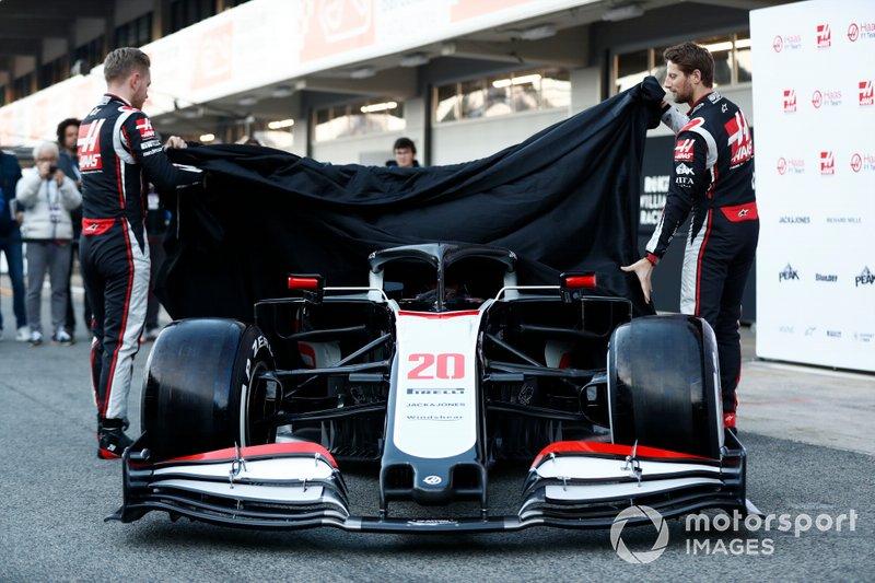 Kevin Magnussen et Romain Grosjean dévoilent la Haas VF-20