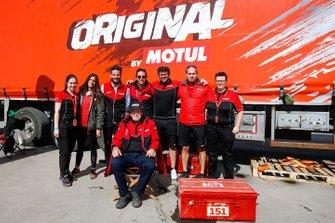 Hubert Auriol et l'équipe Motul