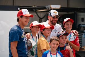 Jean-Eric Vergne, DS Techeetah, poses for a picture with his fans