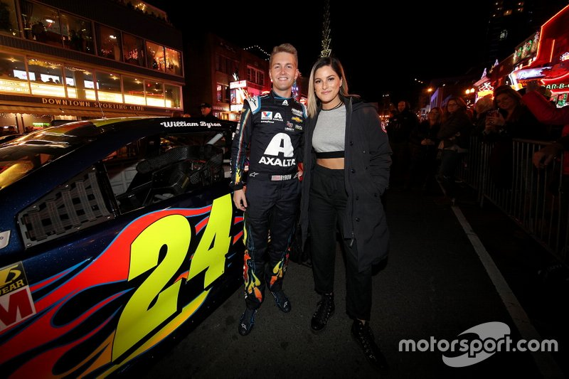 William Byron y Casssadee Pope