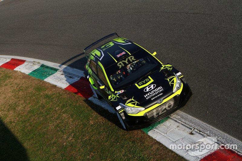 Rhys Yates, Catie Munnings, Ford Fiesta MK2 R5, HK Racing