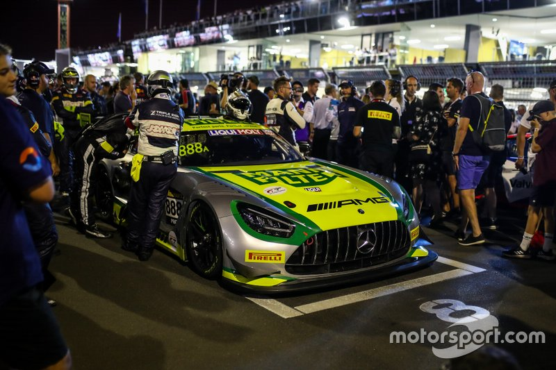 #888 Mercedes-AMG Team Triple Eight Race Engineering Mercedes AMG GT3: Shane Van Gisbergen, Jamie Whincup, Maximilian Götz