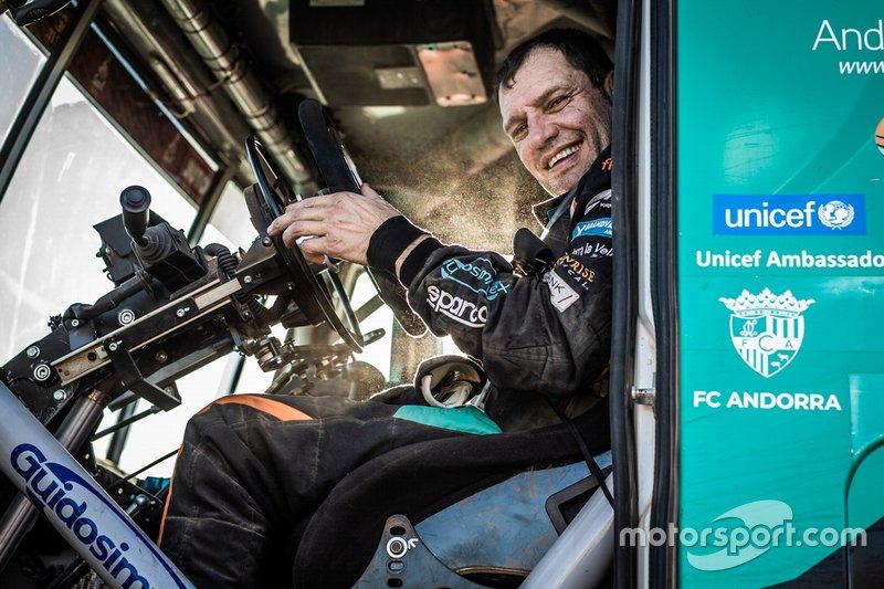 #517 Team De Rooy IVECO: Albert Llovera
