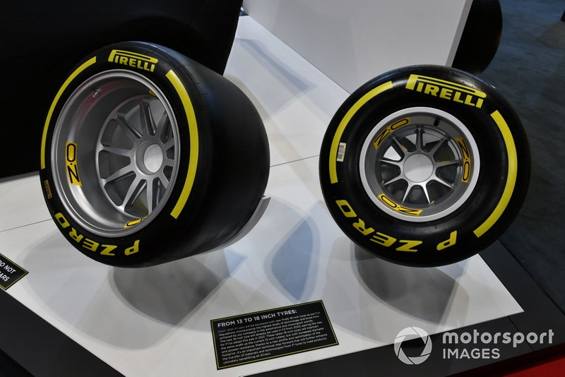 Comparison of the new 18-inch Pirelli tyre with the previous 13-inch one