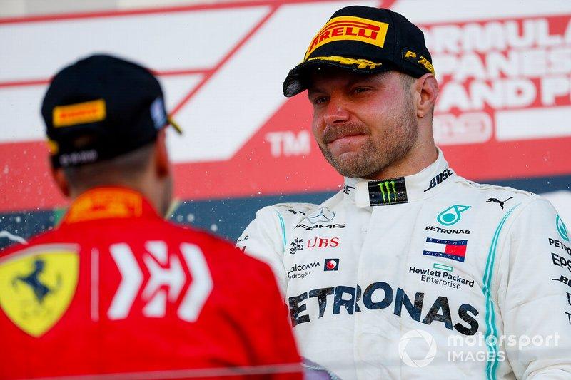 Podio: segundo lugar Sebastian Vettel, Ferrari, ganador Valtteri Bottas, Mercedes AMG F1