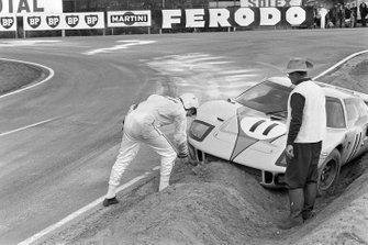 Брайан Мойр, Ford GT40