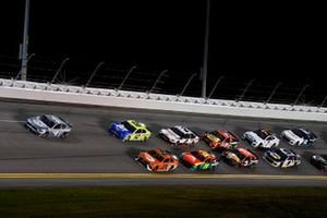 Kevin Harvick, Stewart-Haas Racing, Ford Mustang Busch Light #TheCrew Bubba Wallace, 23XI Racing, Toyota Camry Ryan Blaney, Team Penske, Ford Mustang Menards/Blue DEF/PEAK