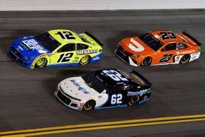 Noah Gragson, Beard Motorsports, Chevrolet Camaro Beard Motorsports/South Point Ryan Blaney, Team Penske, Ford Mustang Menards/Blue DEF/PEAK Bubba Wallace, 23XI Racing, Toyota Camry