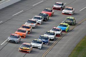 Noah Gragson, JR Motorsports, Chevrolet Camaro Bass Pros Shops/TrueTimber/BRCC and Austin Cindric, Team Penske, Ford Mustang Snap-On