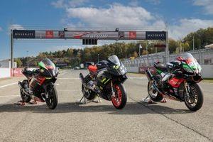 La RS660 versione Trofeo (ora in sviluppo) fotografata insieme alla SP250 e alla RSV4 vincitrice del CIV con Lorenzo Savadori