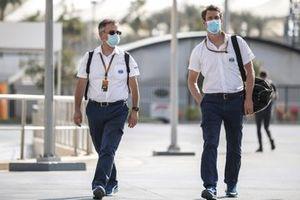 Dr Ian Roberts and Alan van der Merwe, Medical Car Driver, FIA