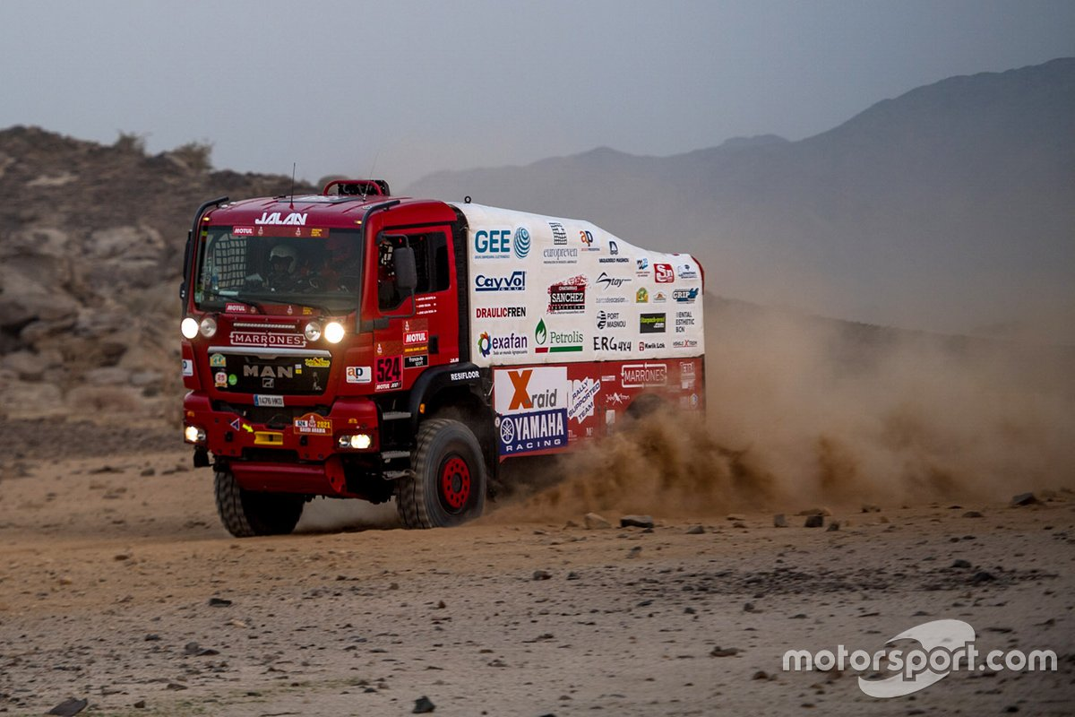 #524 Team Boucou MAN: Francesc Ester Fernandez, Javier Jacoste, José Rosa Olivera