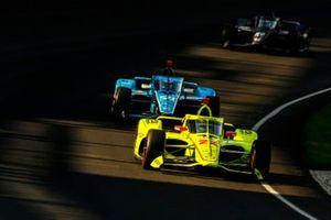 Simon Pagenaud, Team Penske Chevrolet, Max Chilton, Carlin Chevrolet, Ed Carpenter, Ed Carpenter Racing Chevrolet