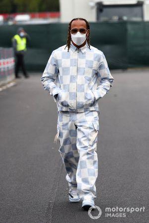 Lewis Hamilton, Mercedes, arrives at the track