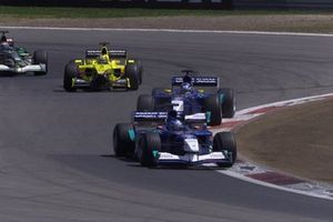 Nick Heidfeld, Sauber C20, leads team mate Kimi Raikkonen, Heinz-Harald Frentzen, Jordan Honda EJ11
